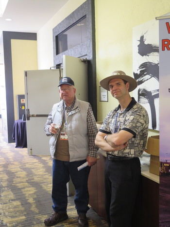 2018_convention_180420_kcochran_IMG_3404_Lee_House_and_Steve_Cope_at_the_convention_350x467.jpg